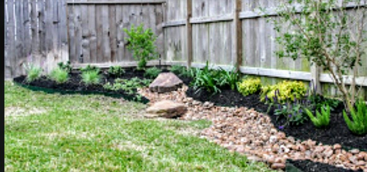 Holy Cow I M Busy Dry River Front Yard Landscaping River Bed