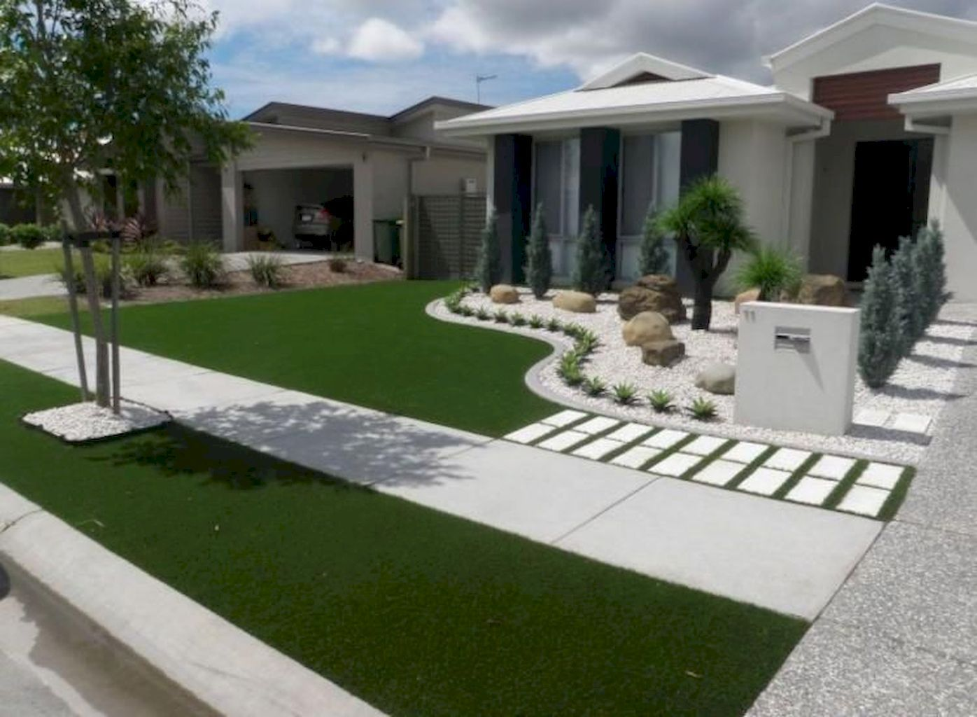 12 Cool Modern Front Yard Design Ideas You Have To See Freshouz Com Minimalist Garden Small Front Yard Landscaping Front Yard Garden Design