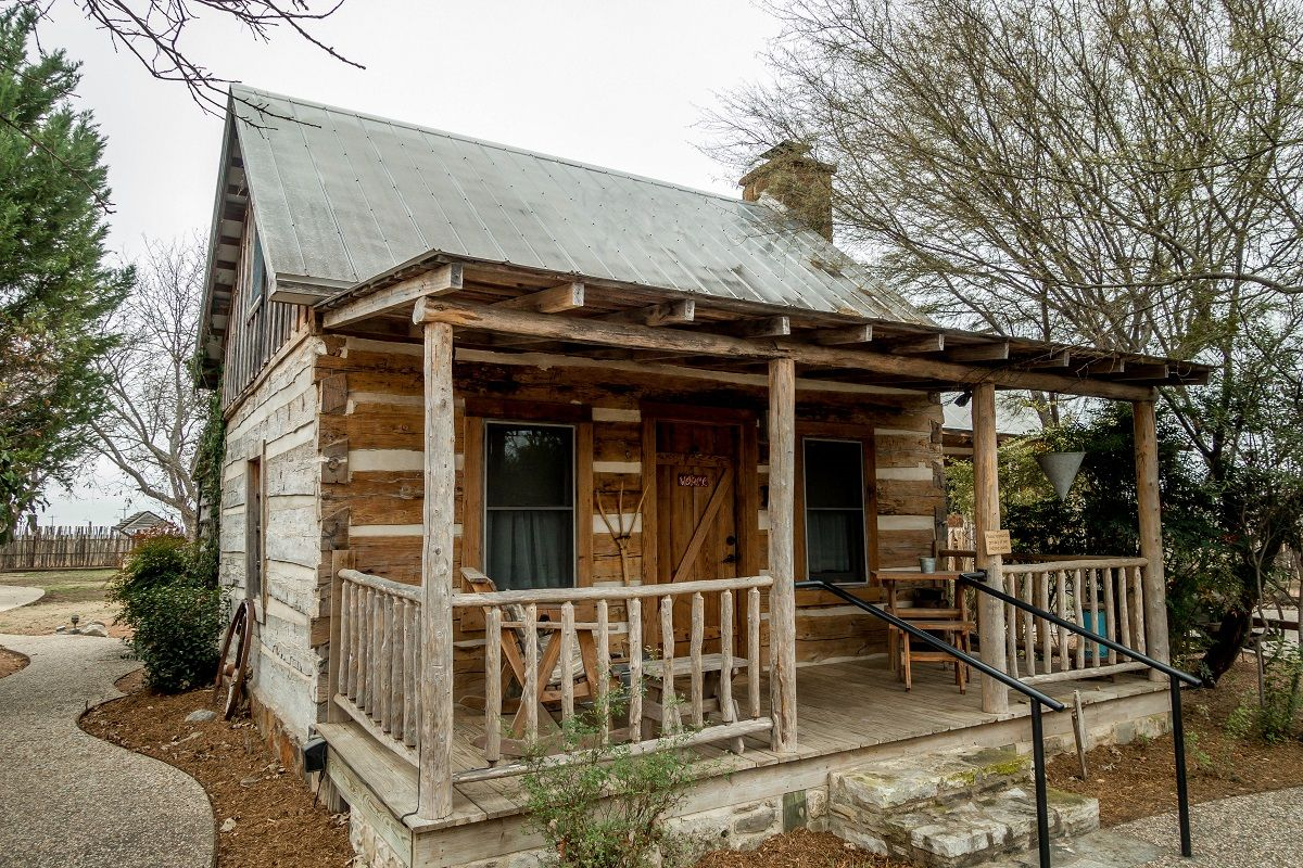 Rustic Comfort At The Cotton Gin Village Texas Like A