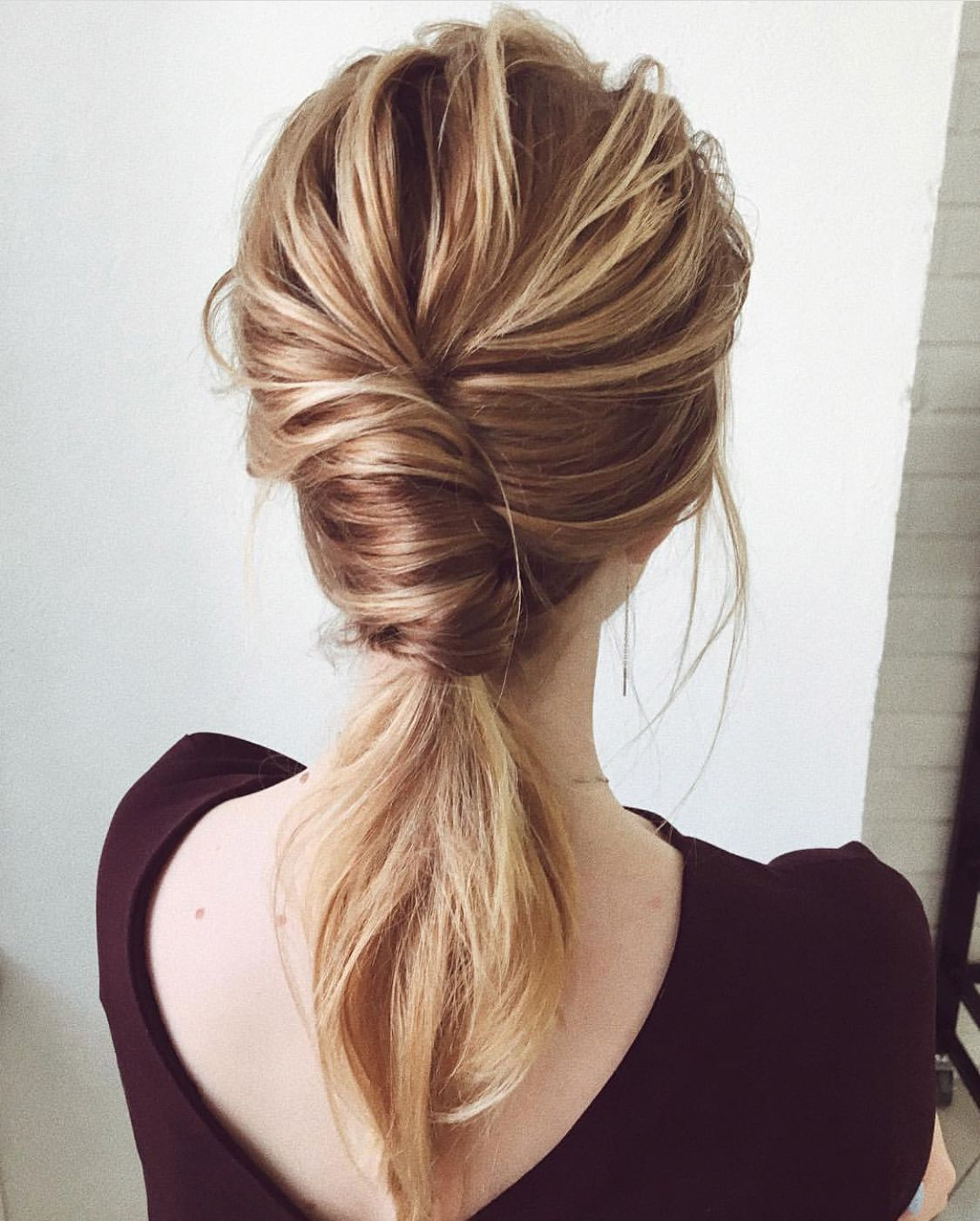 Pin By Audrey Bethards On Bridal Hair Half Up Low Ponytail Hairstyles Side Ponytail Hairstyles Low Ponytail