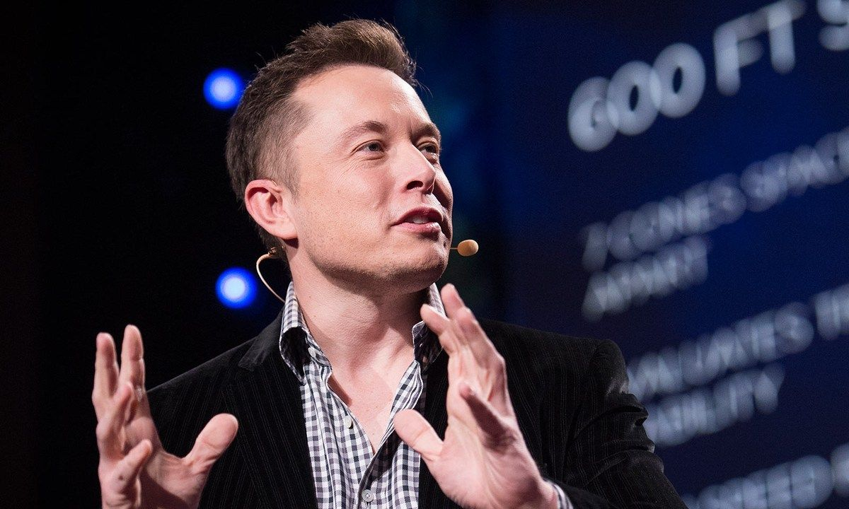 Entrepreneur Elon Musk is a man with many plans. The founder of PayPal, Tesla Motors and SpaceX sits down with TED curator Chris Anderson to share details about his visionary projects, which include a mass-marketed electric car, a solar energy leasing company and a fully reusable rocket.