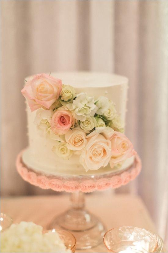 Florida Shabby Chic Black Tie Wedding | Fresh flowers, Cake and Wedding