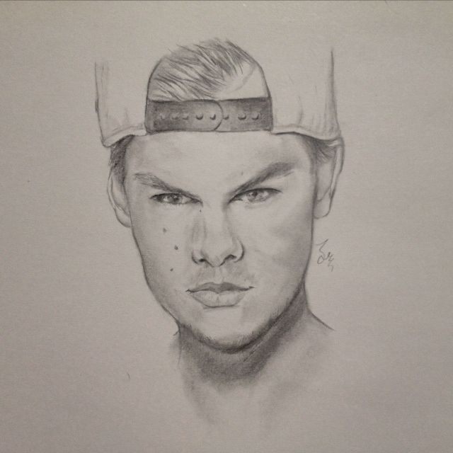 #Avicii #Party # dj #music #sketch #sketching #draw #drawing #illustration