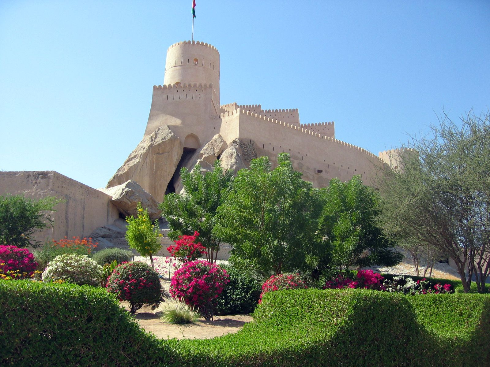 Over Day Tours From Muscat Group Trips To Bakra Rustaq And Nakhal Excursion Takes You To The Fish Market In Barka Ain Al Kis Egypt Travel Egypt Tours Tours