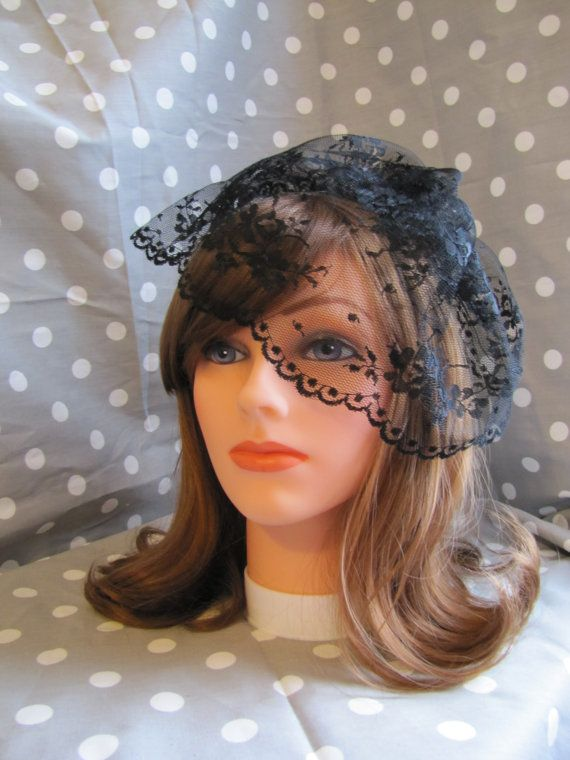 Black Lace Veil On Metal Comb Or Headband Short By Madeformebridal 32 99