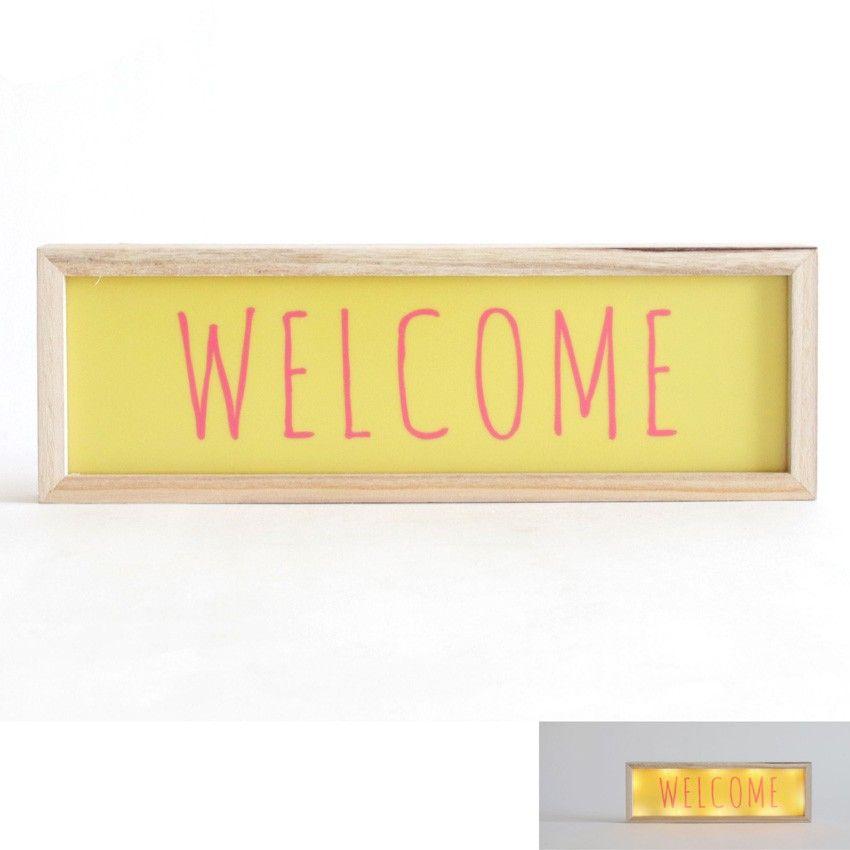 """Installé dans la chambre de votre enfant ou bien dans toute autre pièce, ce cadre lumineux """"welcome""""vous permettra d'accueillir vos convives avec style. D'une couleur jaune très douce, il complétera à merveille votre décoration et sublimera votre intérieur. Ce tableau lumineux fonctionne avec des piles et peut aussi bien s'accrocher au mur que se poser.  Dimensions : 30 x 3,1 x 10 cm"""