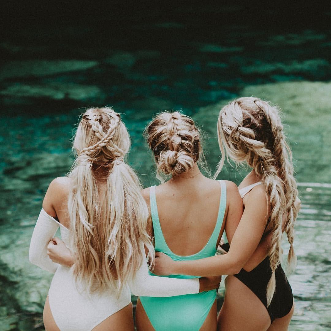 "Photo of Chrissy Rasmussen auf Instagram: ""Cenote 🇲🇽 Trio 📷: @tyfrench w / @indyblue_ @isabellamercier @ kendy.du"""
