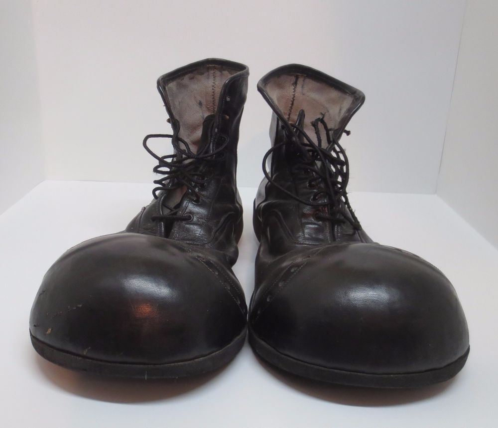 ef5d4609edc6cf ... Vintage 1970 s Size 10 10 1 2 Black Leather Clown Shoes Van Doren  Rubber Co ...
