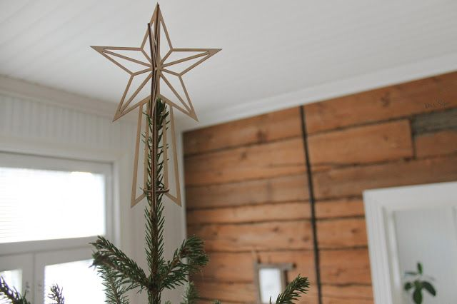 The Christmas Tree Topper by Valona Design.