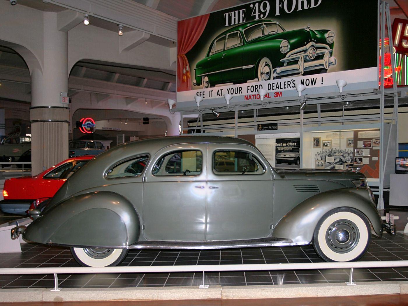 Cars 1936 Lincoln Zephyr 4 Door Sedan Olive Gray Svr H Ford Museum