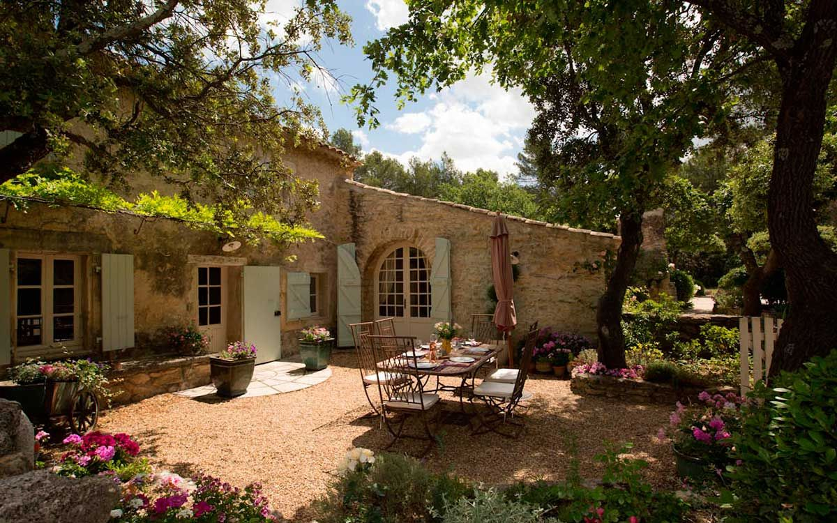 Como su nombre indica el estilo provenzal se inspira en las casas de campo de la provenza - Casas en la provenza ...
