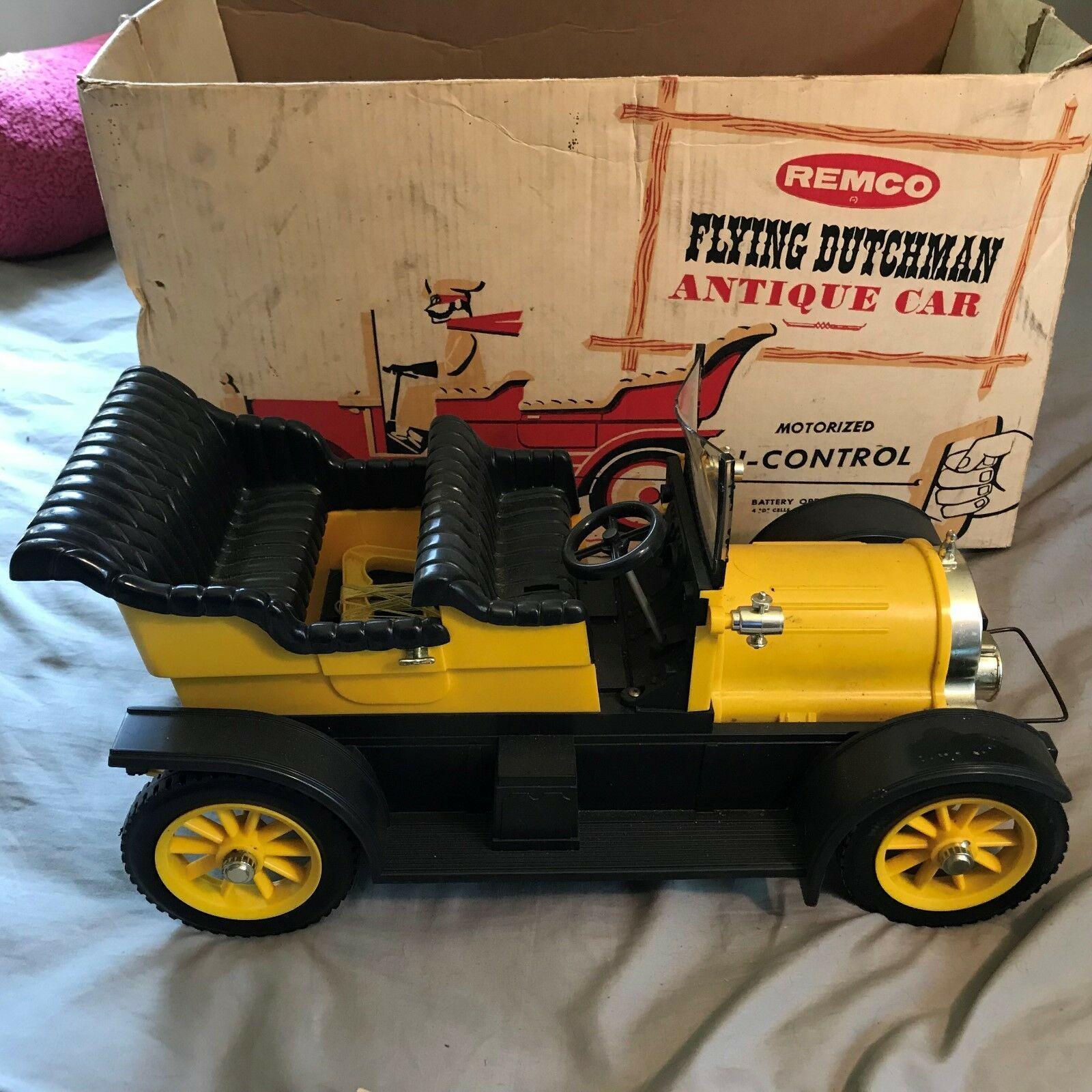 1960s Flying Dutchman Antique Car REMCO Motorized w/box