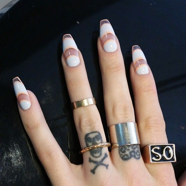 Negative space nails nail art pinterest negative space negative space nails trendy topswhite gold prinsesfo Gallery