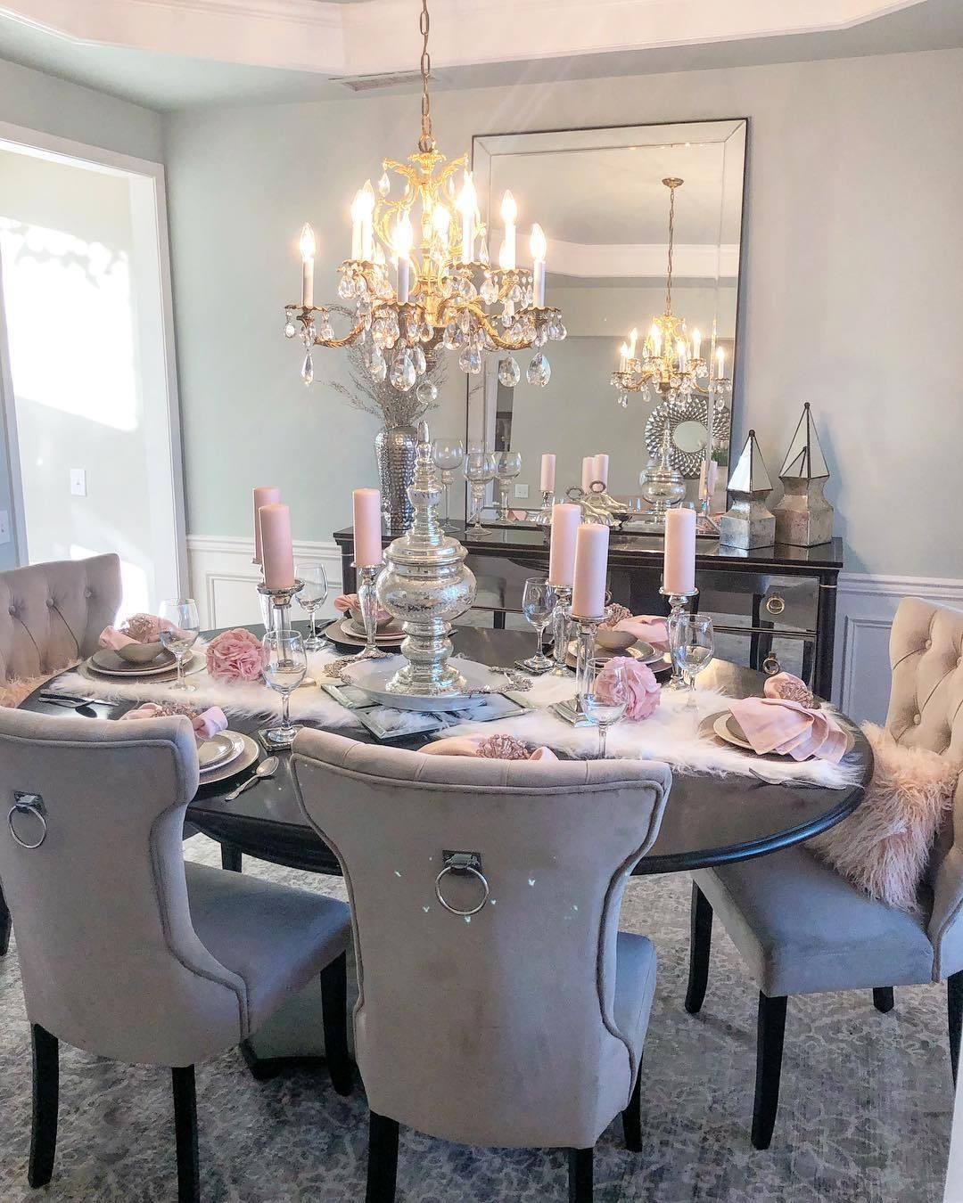 Glamour And Luxury Dining Room Table Decor Dining Room Decor Elegant Dining Room
