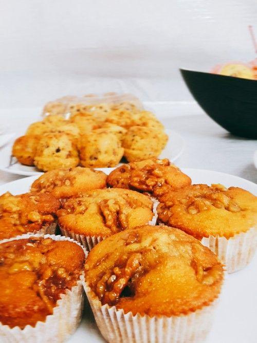 Bananenmuffins mit Walnuss - Topping