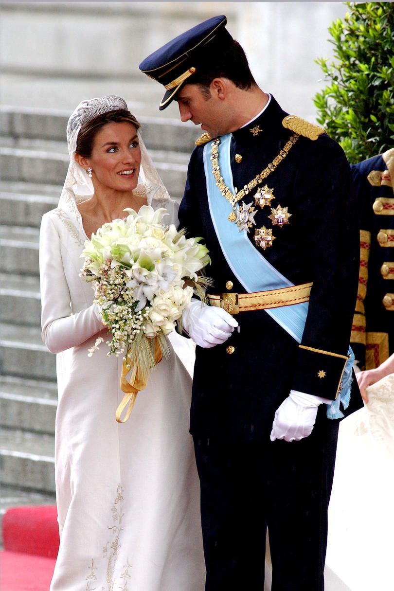 Wallis simpson wedding dress  The Most Iconic Royal Weddings of All Time in   the elegance of