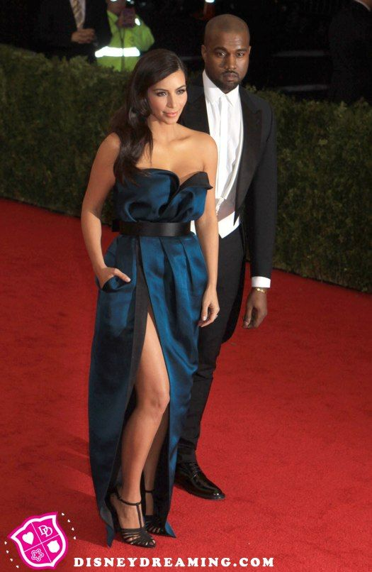 Kim Kardashian fights back at wedding rumors!