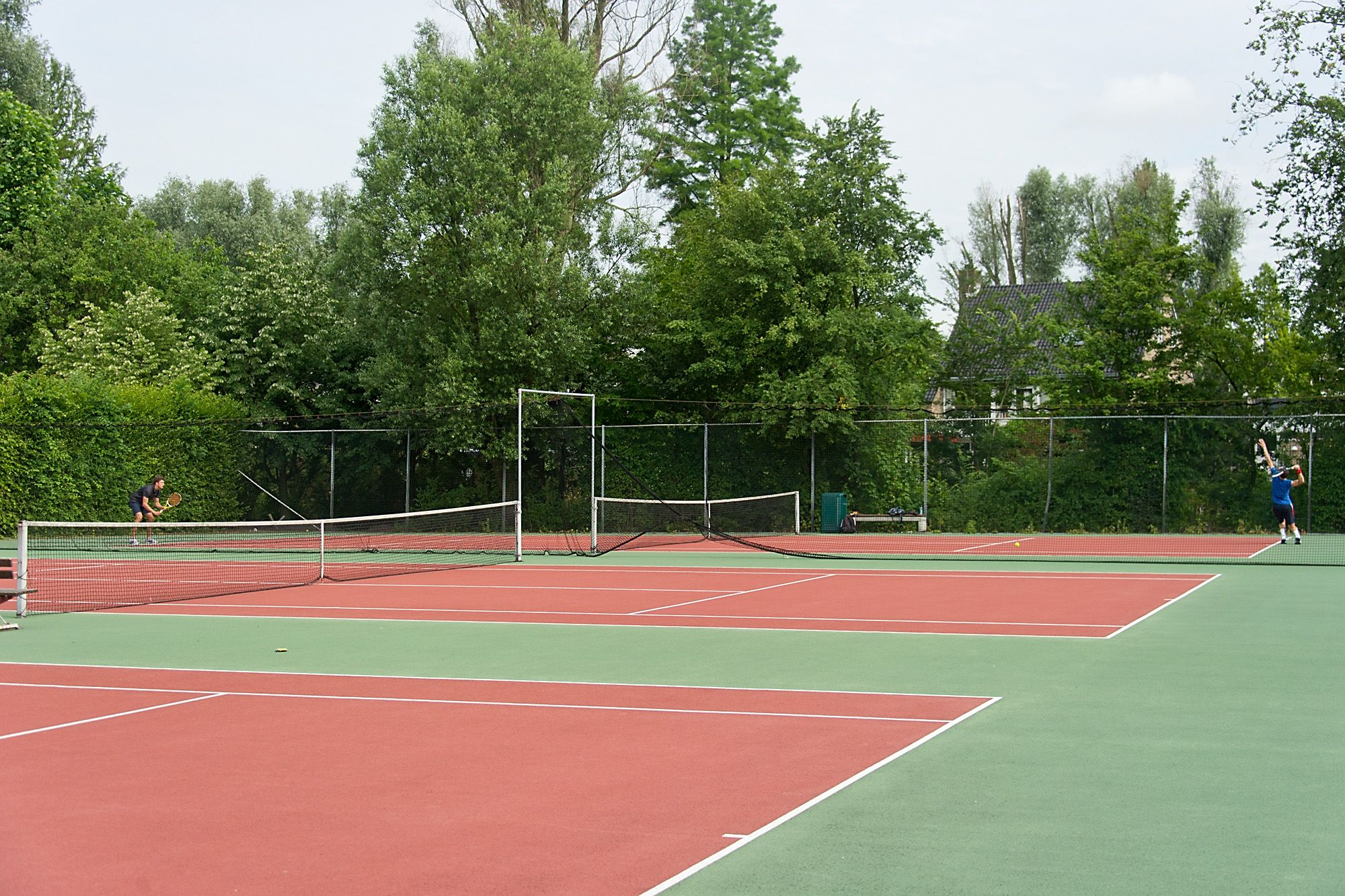 There Are Many Sports Facilities Different Fields A Gym And An Outdoor Tennis Court Students Can Join Approximately 50 Different Sports Tennis Court Outdoor
