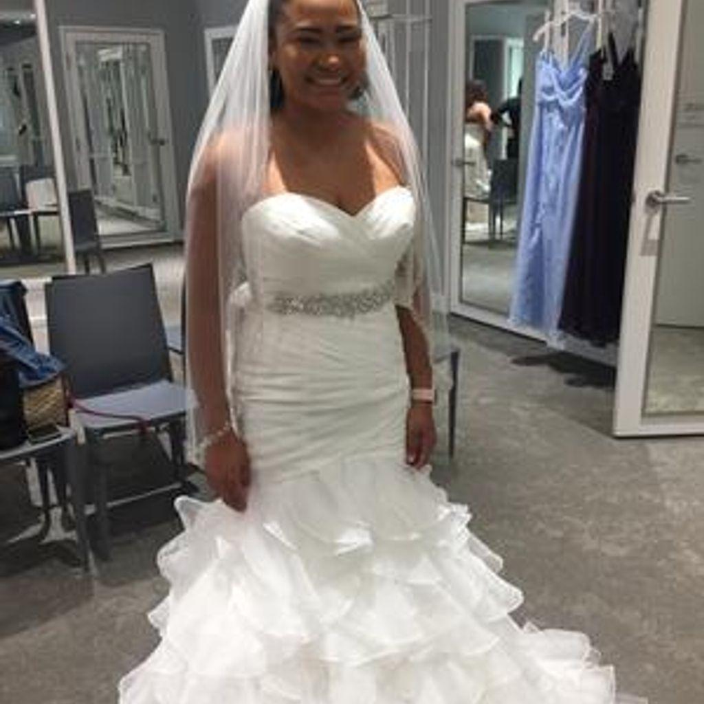 Organza Mermaid Wedding Dress With Ruffled Skirt David S Bridal Wedding Dress Organza Perfect Wedding Dress Mermaid Wedding Dress [ 1024 x 1024 Pixel ]