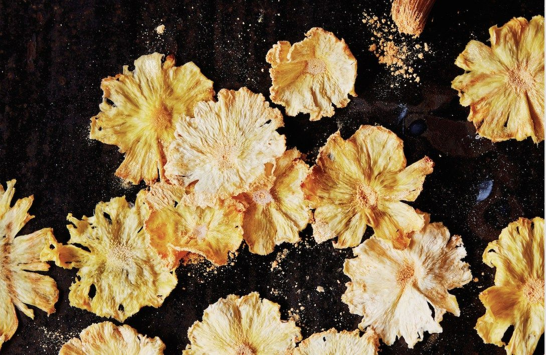 What Will You Garnish With These Sweet Pineapple Flowers?
