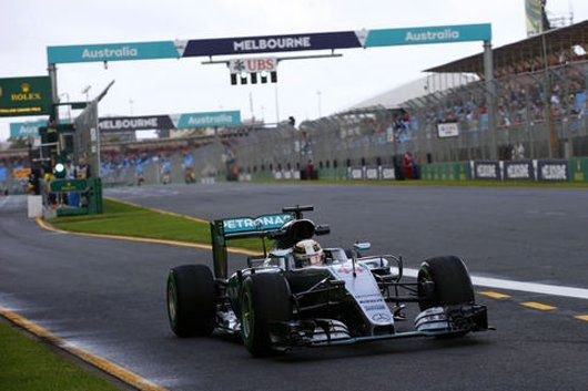 F1オーストラリアGP フリー走行1回目:ルイス・ハミルトンがトップタイム  [F1 / Formula 1]
