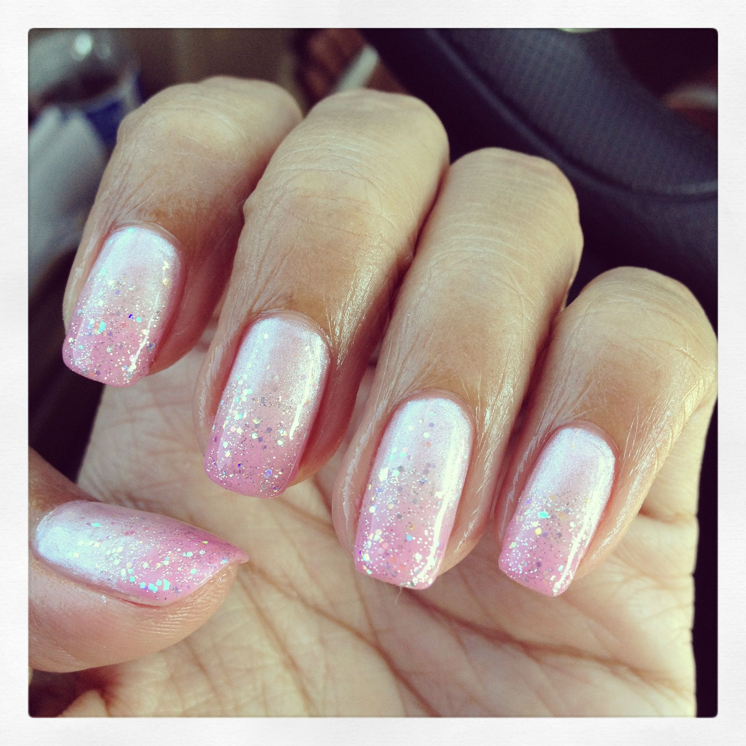 Pink glitter fading gel nail | Nail design | Pinterest | Pink ...