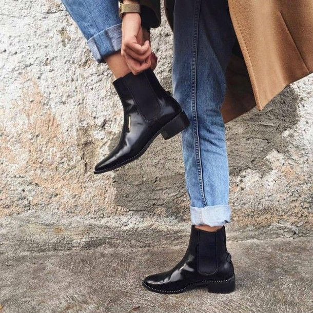 6613452297a Shoes  tumblr black boots flat boots ankle boots denim jeans blue jeans  chelsea boots cuffed jeans