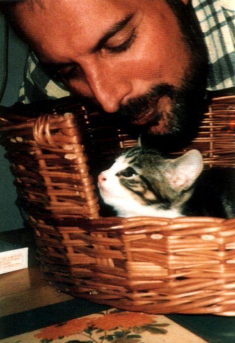 Freddie Mercury & Romeo #freddiemercury