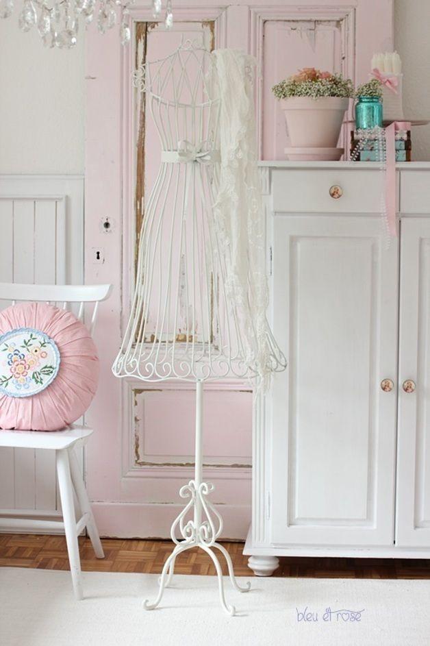Schneiderpuppe b ste aus metall wohnzimmer vintage schneiderpuppe und metall - Wohnzimmer romantisch einrichten ...