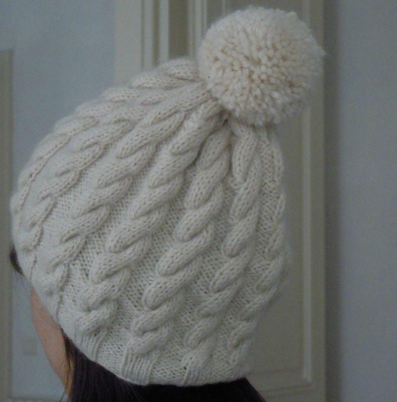 6402a72b559 modèle tricot bonnet torsade gratuit