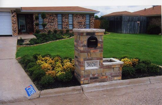 Another Mailbox Idea I Love The Smaller Height Planter 400 x 300