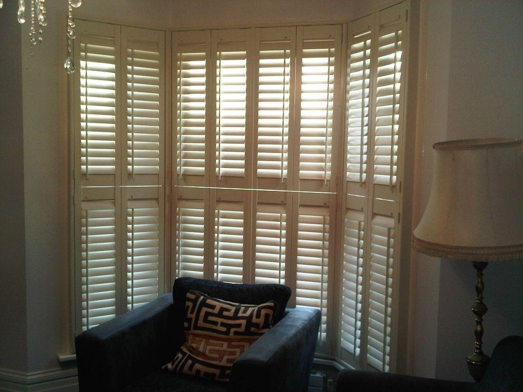 Interior window shutters i like the way this looks