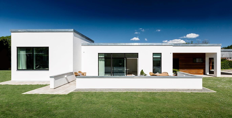 Funkis arkitekt tegnet hus opbygget af kubistiske rum at for Arkitekt design home