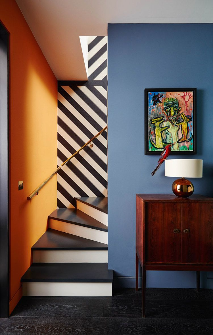 In/Out: Notting Hill Townhouse by Suzy Hoodless | stairs | Pinterest ...