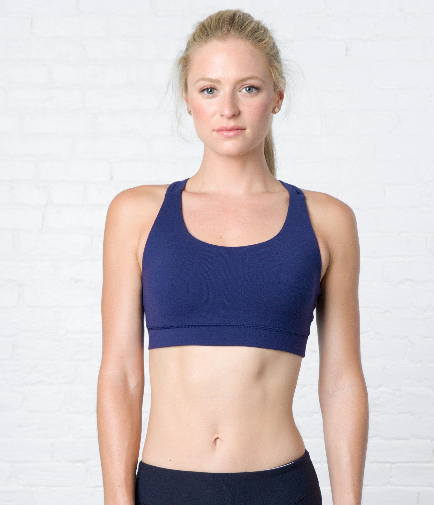 crane & lion keyhole sports bra peacoat, athleisure, activewear, womens fitness, strength and style