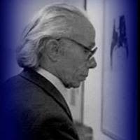 Pintor e desenhador autodidacta português, Luís César Pena Dourdil nasceu no dia 8 de Novembro de 1914, em Coimbra, e faleceu em 1989, em Lisboa. Foi realizando, a par do seu emprego como artista gráfico, a sua obra aproveitando o máximo das concepções figurativa e abstracta. Figuração/abstracção e desenho/pintura foram os binómios em que se construiu e desenvolveu a obra deste artista.