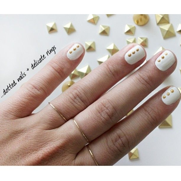 dotted nails via ispydiy