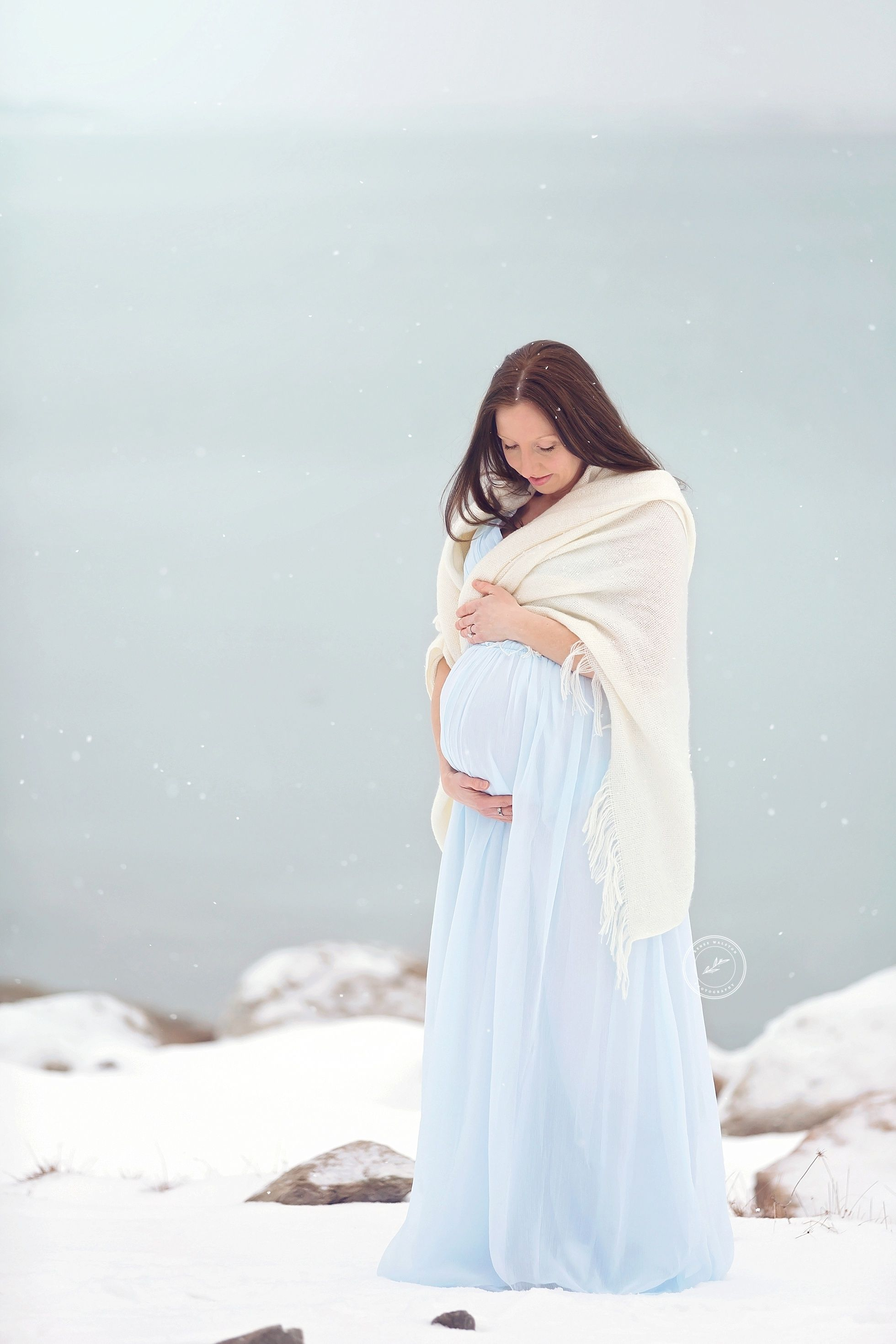 Winter maternity photos on the beach in the snow - Renee Walston Photography - Cape Cod Maternity and Newborn Photographer