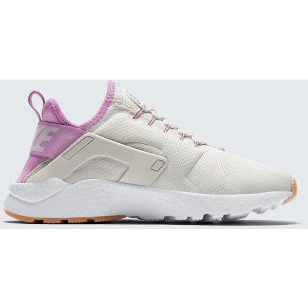 the best attitude 1c76b 16917 Designer Clothes, Shoes   Bags for Women   SSENSE. Shoe StretchingStretch ShoesNike  FootwearNike ShoesNike Air HuaracheAthletic ...