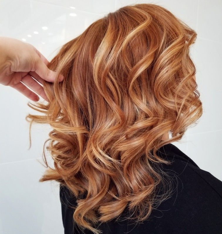 Ginger Blonde Balayage Strawberry Highlights Copper Red Hair Done By Kara Jenne Strawberry Red Hair Red Blonde Hair Blonde Hair With Highlights