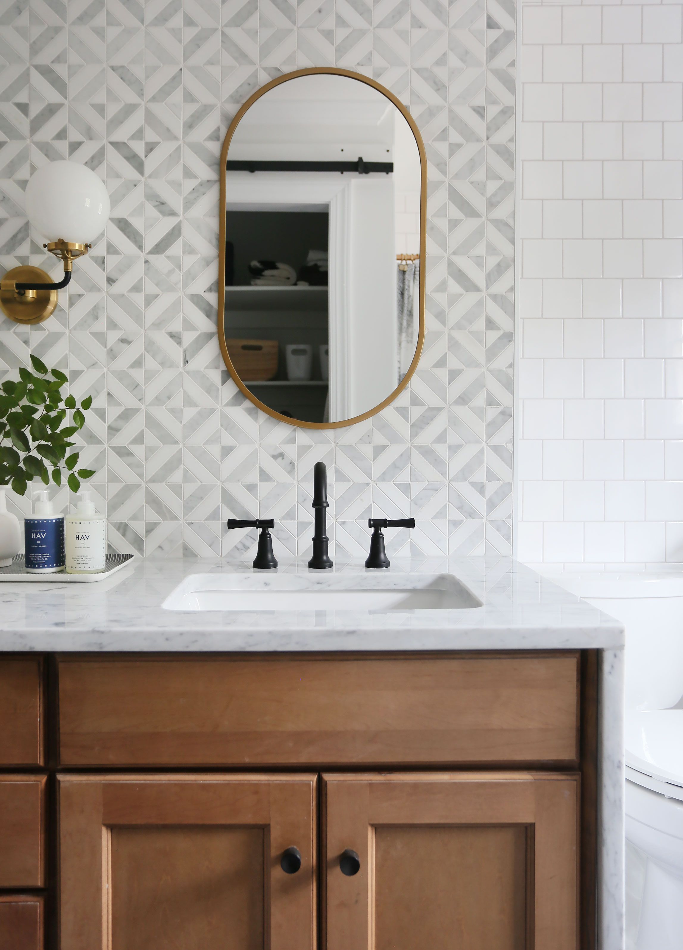 Photo of Reveal guest bathroom: the (delish matt black) fittings – Sunny Circle Studio