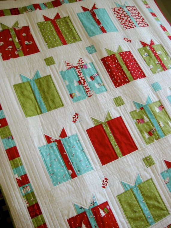 Christmas Quilt Modern Lap Throw Wall Hanging Gifts With Bows Etsy Christmas Lap Quilt Christmas Quilt Patterns Christmas Quilts