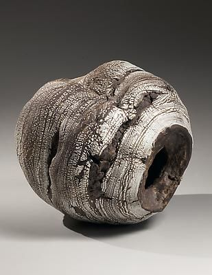 Futamura Yoshimi - Collapsed hollow, rounded globular sculpture with crushed center, inlaid with banded granules of pre-fired crushed white porcelain, 2013