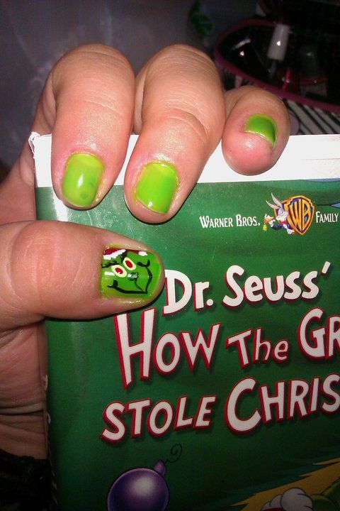 This is my Grinch nail design :) | Nails/glitter | Pinterest ...