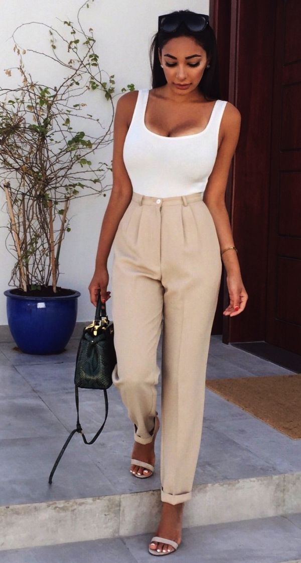 32 Professional Summer Work Attires To Wear To Office - FeminaTalk
