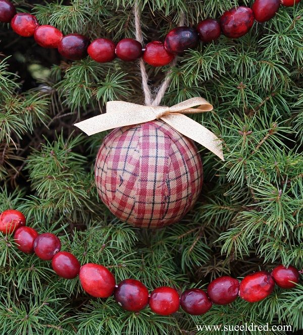 Pin On Hometalk Diy Christmas