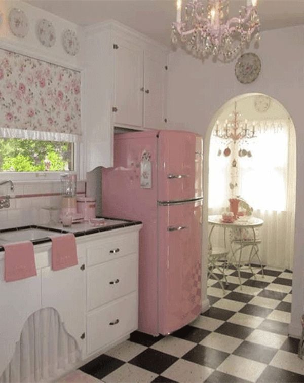 Idées pour la deco cuisine retro Diner kitchen, Monochromatic room - Idee Deco Cuisine Vintage