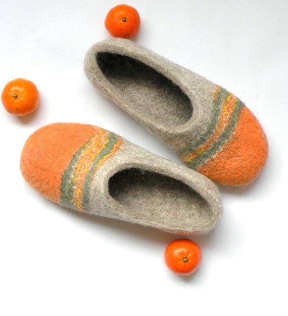 Photo of Felted slippers Tangerines