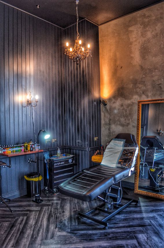 tattoo studio interior designer barbershop tatto rh pinterest com Tattoo Shop Receptionist Tattoo Shop Rules Posters