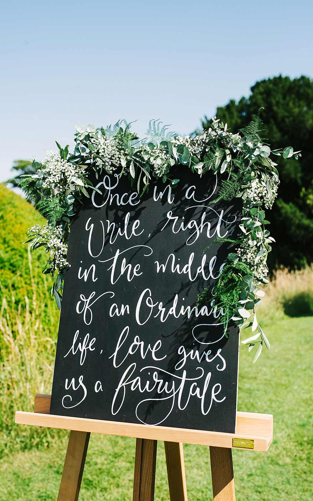 2017 Wedding Trends What's Hot for 2017 Wedding signs